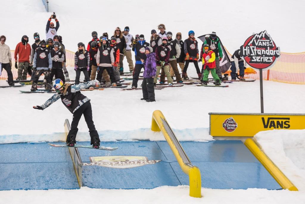 Anna Gasser - FS boardslide